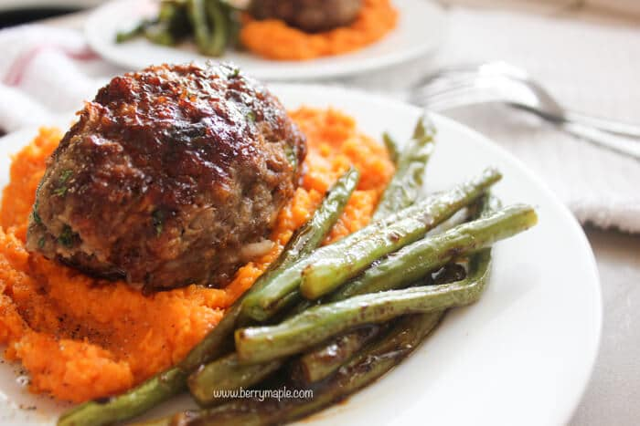 Glazed meatloaf with sweet potatoes and green beans