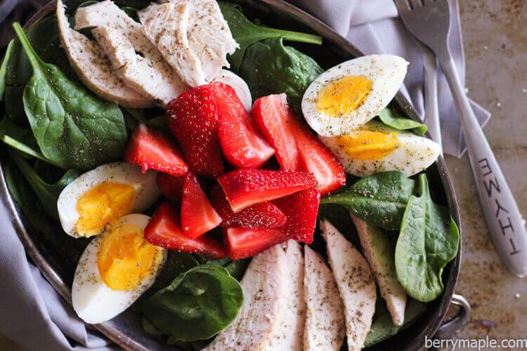 rotisserie chicken strawberry salad