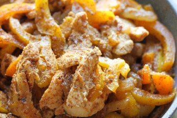 easy one pan chicken fajitas