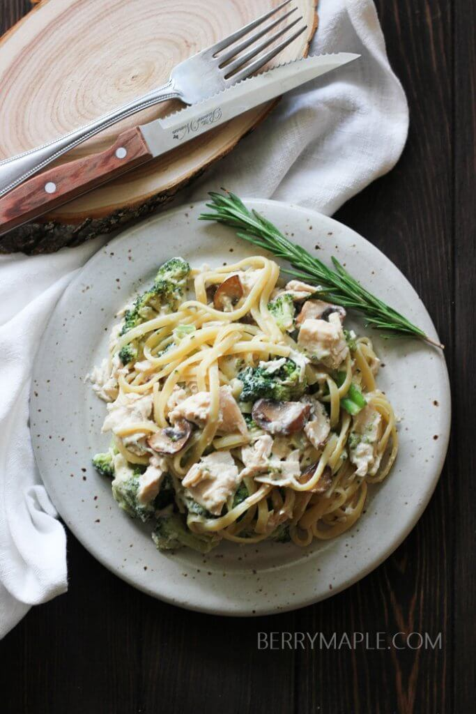Rotisserie chicken with broccoli alfredo pasta