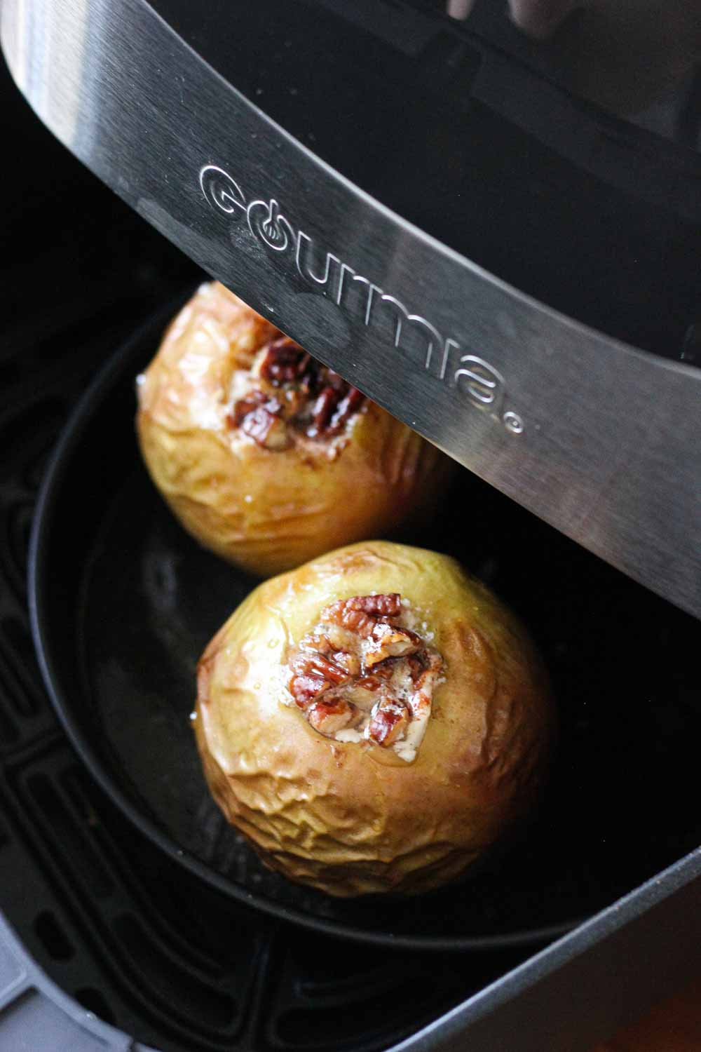 air fryer baked apples with nuts
